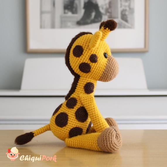 Jirafa amigurumi, patrón de My Krissie Dolls | Jirafa amigurumi ... | 570x570