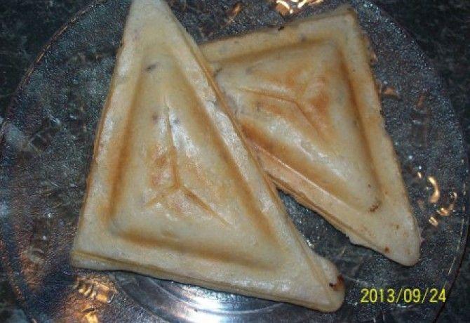 Gluténmentes szendvicssütős párnácska recept képpel. Hozzávalók és az elkészítés részletes leírása. A gluténmentes szendvicssütős párnácska elkészítési ideje: 8 perc
