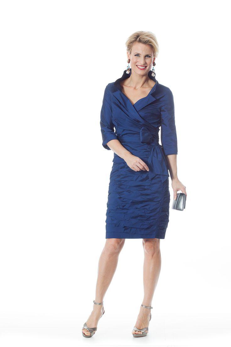 CC 600 - | Trakteer uzelf op de perfecte bruidsmoederkleding van vele topmerken. Ook specialist in mooie feest- of avondkleding.