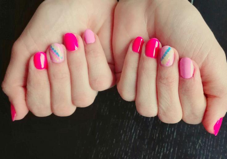 #piegi #hybrydy #pazurki #nails #dots #manucure #pink #rose #różowe #paznokcie #semipermanents #kolorowe