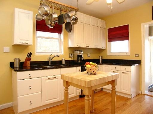 Portage park 1920 39 s chicago bungalow kitchen bungalow for Modern 1920 s kitchen