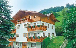 Apartment Rental: 2 Bedrooms, Sleeps 5 in GroßarlHoliday Rental in Gro�arl from @HomeAwayUK #holiday #rental #travel #homeaway
