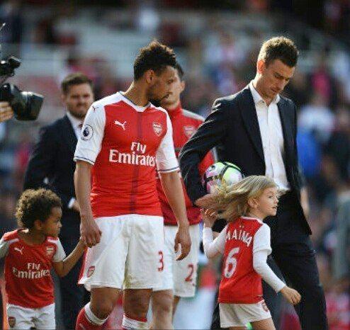 #Arsenal #familytime #WeAreTheArsenal  #COYG  #PremierLeague >>May 21, 2017