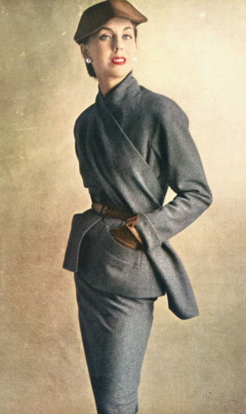 I would love to wear this to the office. Christian Dior,1950
