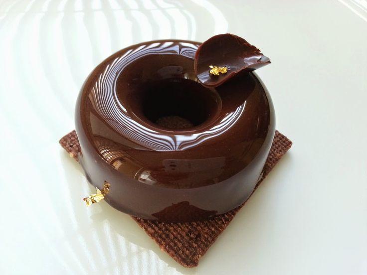 I Dolci di Pinella: Intorno ad un Glaçage brillant au cacao
