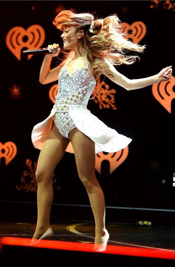 Ariana Grande hot on actressbrasize.com http://actressbrasize.com/2014/07/28/ariana-grande-bra-size-body-measurements/