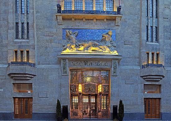 Continental Hotel Zara Budapest- 123$, pools