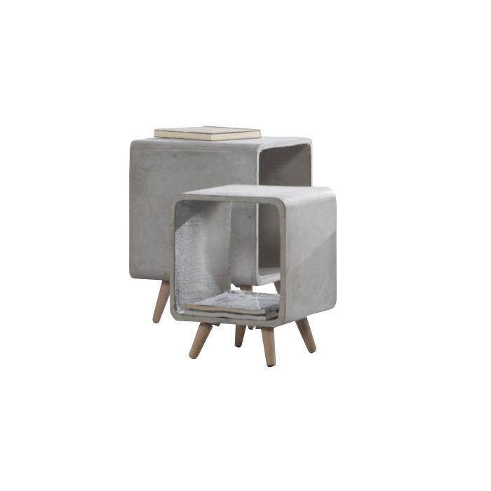 Stoere bijzettafel, gemaakt van beton. In meerdere afmetingen leverbaar.