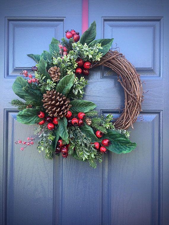 PInecone kransen, Winter deur kransen, groen rood, Winter Decor, Grapevine kransen Winter, Kerst kransen