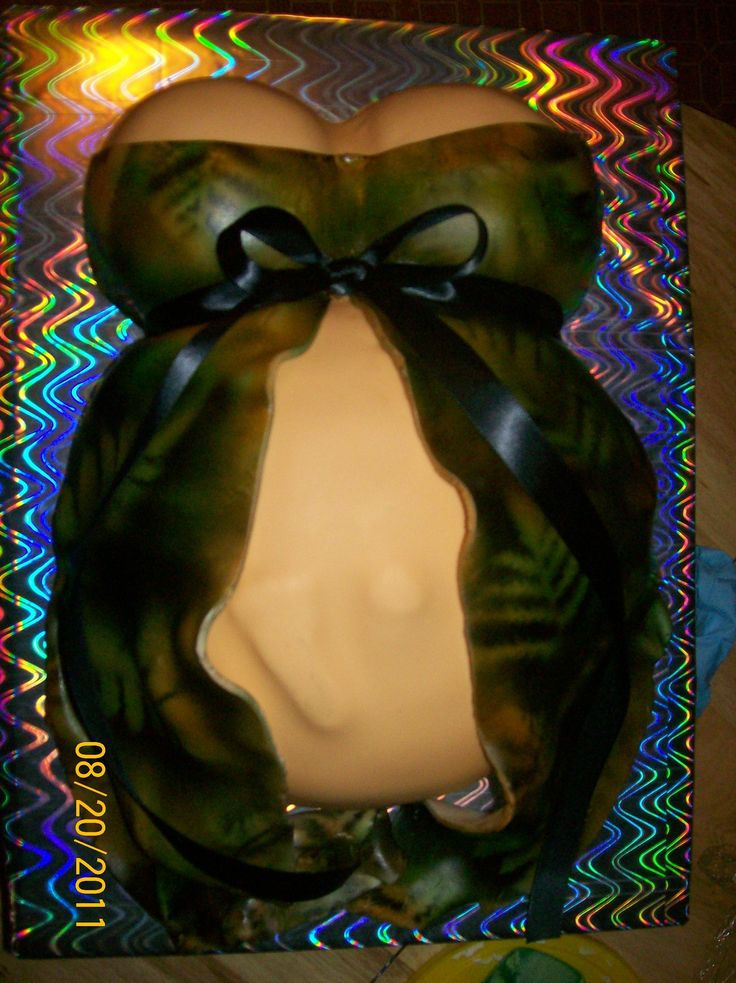 camouflage baby shower cakes   Camo Baby Bump — Baby Shower