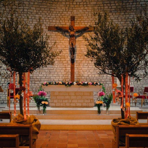 Confiez-nous la décoration de la cérémonie religieuse de votre mariage. Nous intervenonssur l'île de Ré, à La Rochelle, Bordeaux et Nantes. MARIAGE 26/08 MARIAGE 15/07 MARIAGE 01/07 MARIAGE …