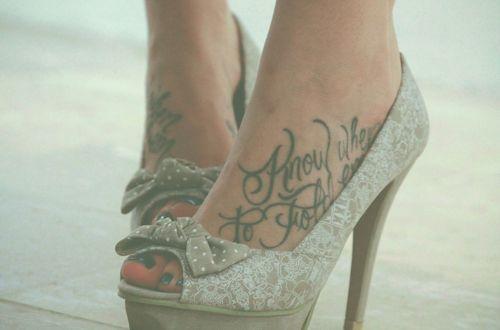 son divinos los tatoos en los pies..me encantan!