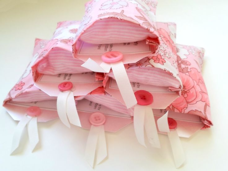 The Vintage Sheet Blog: Slumber Party Invitations- I am going to have to try this for Joslyn's first sleep over-so cute