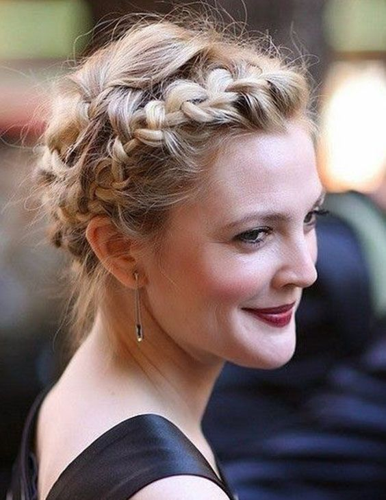 50 Stunning Wedding Hairstyles That Are Perfect for Short Hair | Ecemella