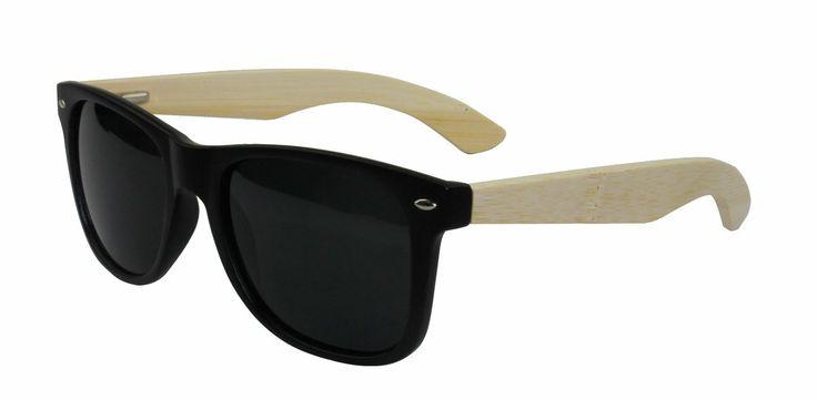 Model Leda (bamboe/kunststof) http://www.dezewilikhebben.nl/houten-zonnebril-Leda