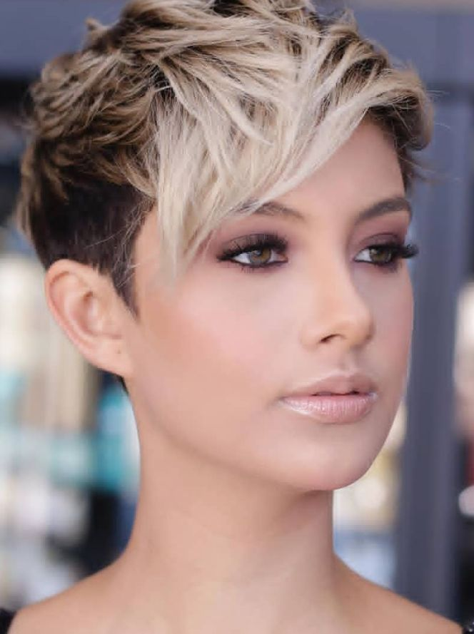 30 Top Stylish White Short Pixie Haircut Ideas For Woman
