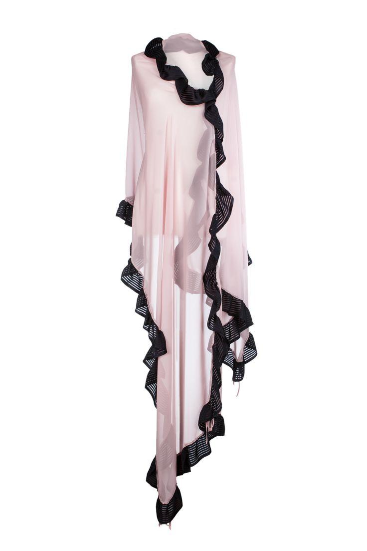LIGHT CLOUD Ampia sciarpa in crépe georgette di seta 100% colore rosa/nero. www.blomming.com/mm/AltaModaDonna/items/light-cloud-sciarpa