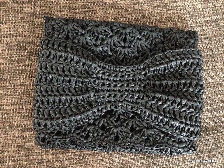 【編み図付き】リボンの松編みポーチ | かぎ針編み・無料編み図 ATELIER *mati*