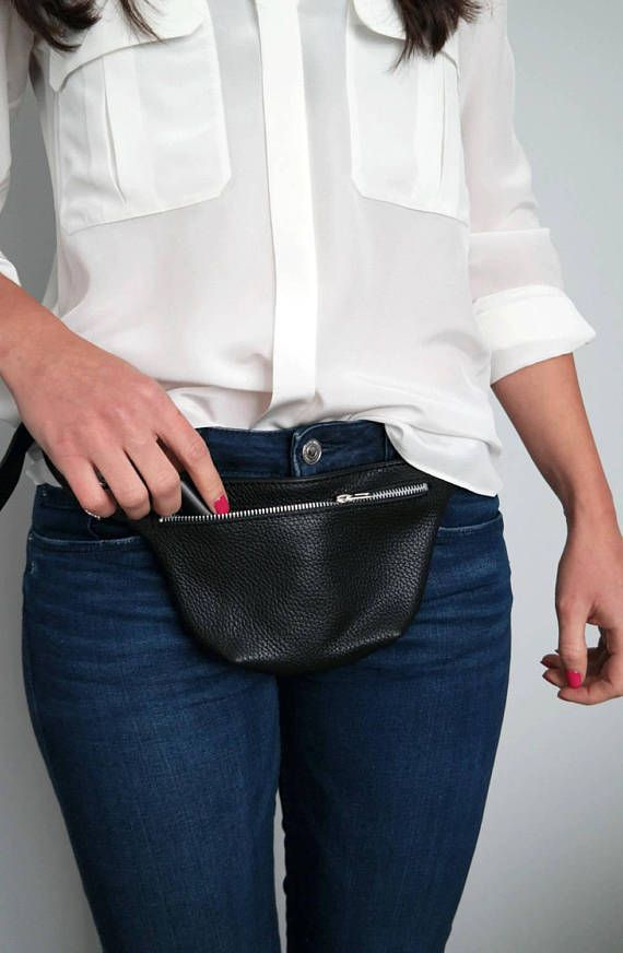 Leather fanny pack, Leather waist bag, Hip bag, Leather pouch - TOKYO Bag Fanny pack dimensions: Height: 4.7 12 cm Width: 8 20 cm Depth: 1 2,5 cm Belt strap: max 44 110 cm This stylish fanny pack is crafted with high quality pebbled Italian leather. It is perfectly sized to keep your