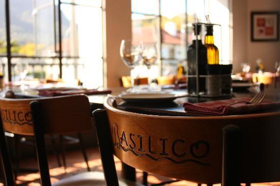 basilico-cafe-italiano.jpg 550×366 pixels