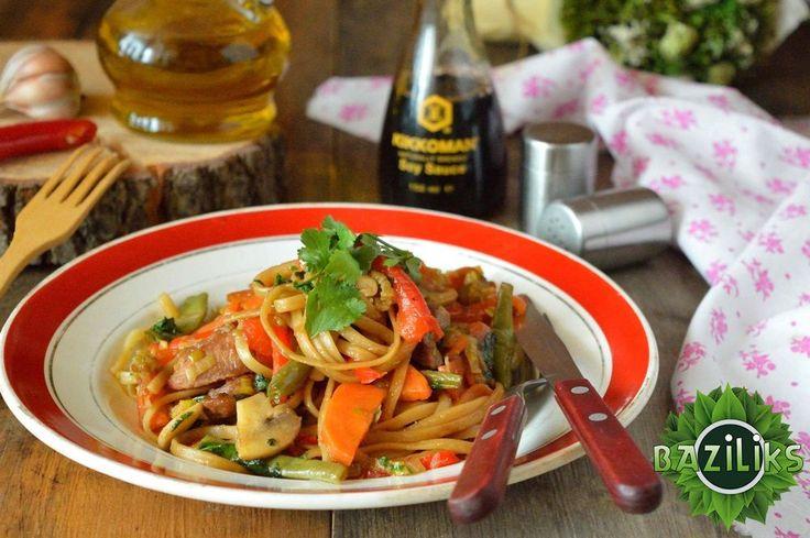 Спагетти с овощами по-китайски