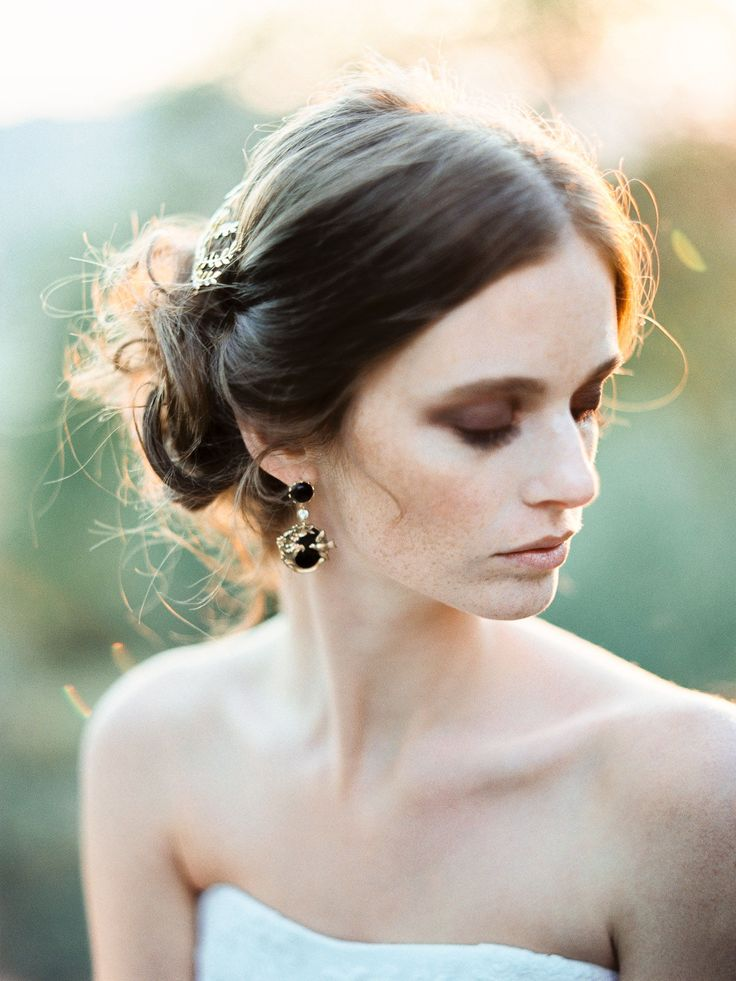 Bridal accessories for #capelli and bijoux jewelry for the new Nea Bridal collection. Bridal Hair and #jewelaccessories by Nea Bridal. #romantic, ...