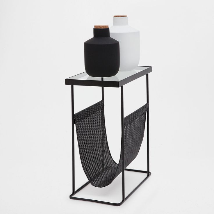 Image 1 of the product Little rectangular magazine rack table