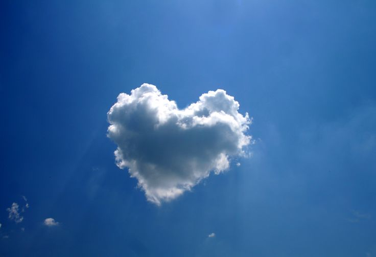 Cloud pictures!!: Love I, Cloud Formations, Heartcloud, Heart Shape, Valentines Day, Heart Cloud, Shape Cloud, Cloud Heart, Cloudheart