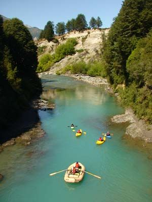 Duckies descending the Espolon River with H20 Patagonia. http://www.h2opatagonia.com/pages/h2ogallery.php?cat=5