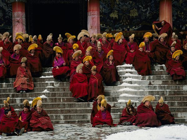gelugpa monks