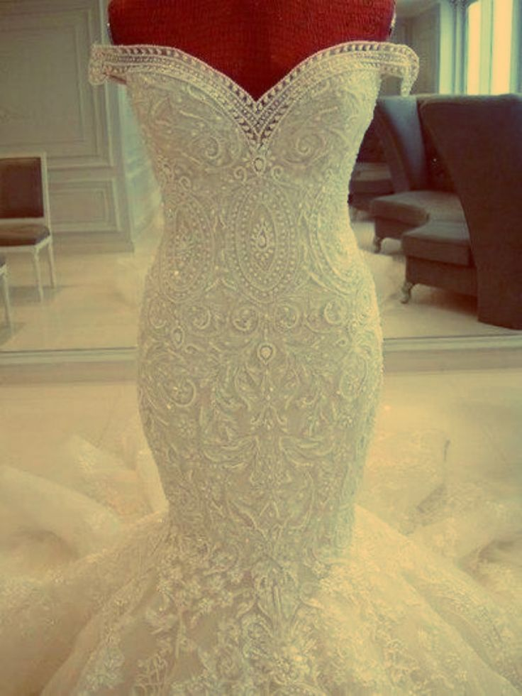 Michael Cinco Wedding Dresses 2015 Vintage Pearls Lace Appliques Off The Shoulder Sheer Backless Luxury Mermaid Dress Bridal Gowns
