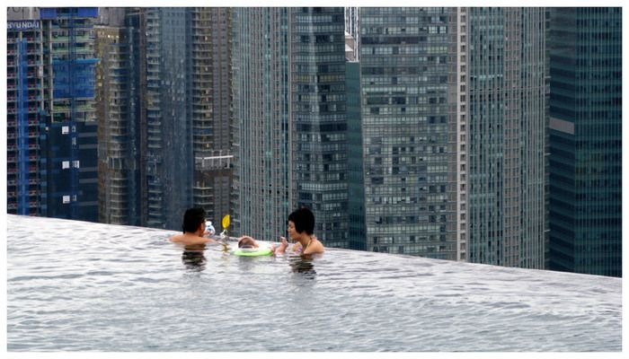 Singapore's Rooftop Pool | Atlas Obscura