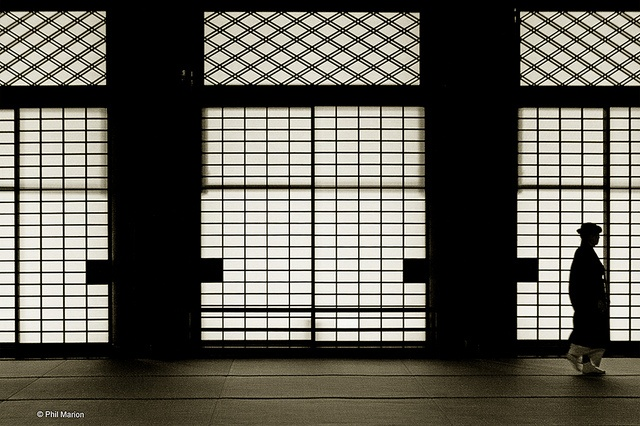 Geisha silhouette inside of Nishi Honganji temple, Kyoto by Phil Marion, via Flickr