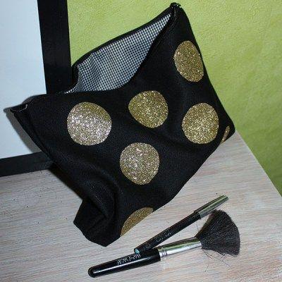 Trousse à maquillage - tissu thermocollant TOGA - par Made by Mademoiselle - Rougier & Plé