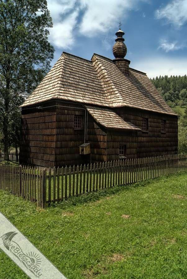 Prawda że piękna? To cerkiew w Żłobku w Bieszczadach oczywiście :) #Bieszczady #Zlobek #cerkiew