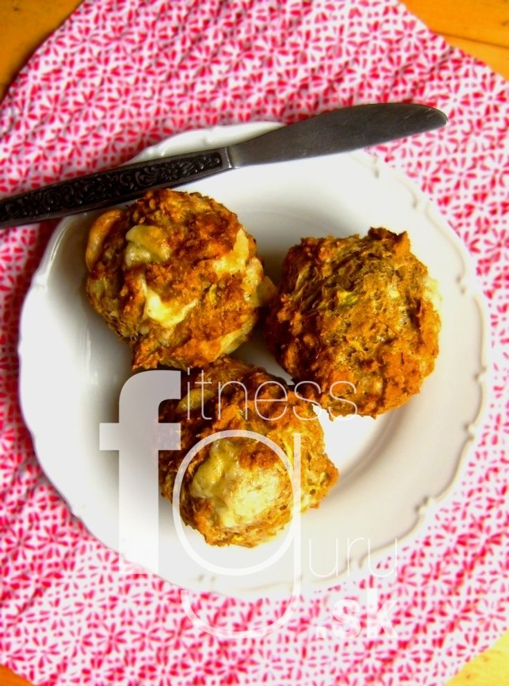 Cukinové koláčiky s 3 druhmi syra