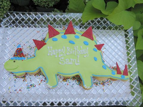 Dino is ready to Party! I am seeing if Central Market can make this for David and his buddy Barron's party. Stay tuend for results.