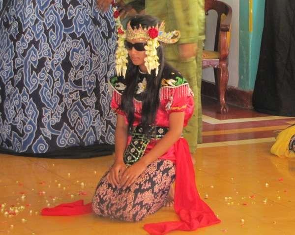 Sintren, Tarian Bernuansa Mistis di Cirebon