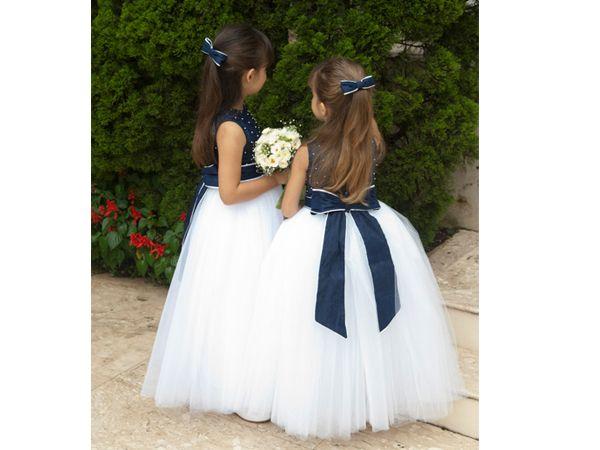 Vestidos de daminha com laço azul marinho da D. Tonetti