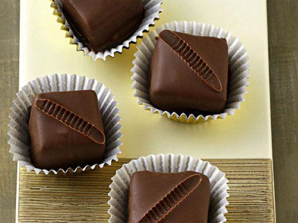 Pralinen selber machen: Rezept für Blätterkrokant