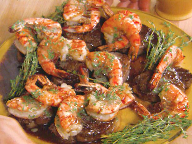 TODAY recipes updated 5/23/2011 4:01:37 PM ET Chef Roble Ali has cooked for everyone from red carpet music stars to award-winning actors. Just in time for the Memorial Day holiday weekend, Ali, a consulting chef at New York City's Avenue restaurant and director of Roble & Co. catering company, shares his version of surf and turf with prawns and flank steak.