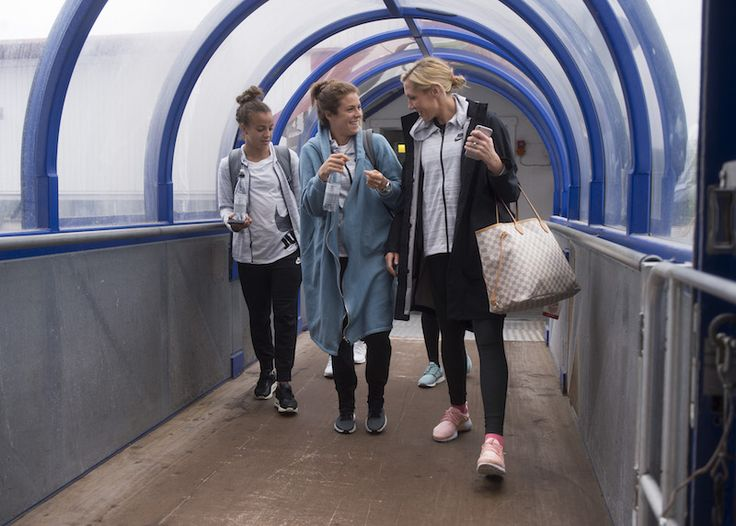 Mallory Pugh, Kelley O'Hara, Allie Long || USWNT travel to Sandefjord, Norway (June 6, 2017)