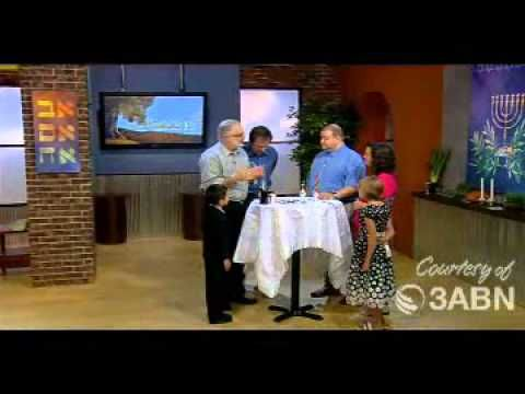 Messianic Jewish celebration of Shabbat▶ A Jewish Celebration Of The Sabbath - YouTube MFW 1st. My Father's World first grade