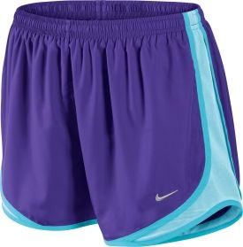 A classic pair of shorts given a BOLD summer twist. These Nike shorts help me beat the heat during any summer workout. #COLORSOFSUMMER