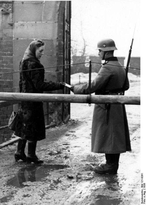 cracovie 1939 poste de garde