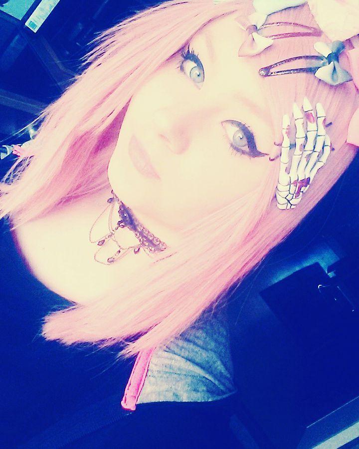 Please answer me i miss you so much  . . #pinkhair #pinkwig #perücke #harajaku #wig #cosplaywig #makeup #cosplaymakeup #decorakei #fairykei #otaku #germanotaku #cosplay#harajakufashion #japan #japanfashion #pink #rosa #missyou