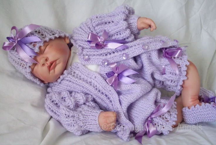 Free Knitting Patterns For Reborn Dolls : 17 best images about Reborn Baby Doll patterns on ...
