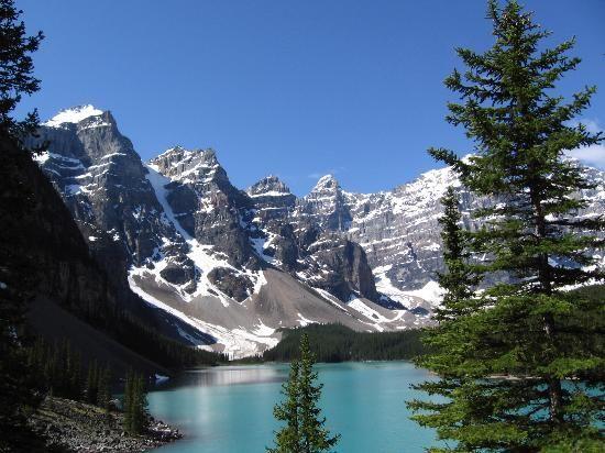 Photos of Moraine Lake Lodge, Lake Louise - Lodge Images - TripAdvisor