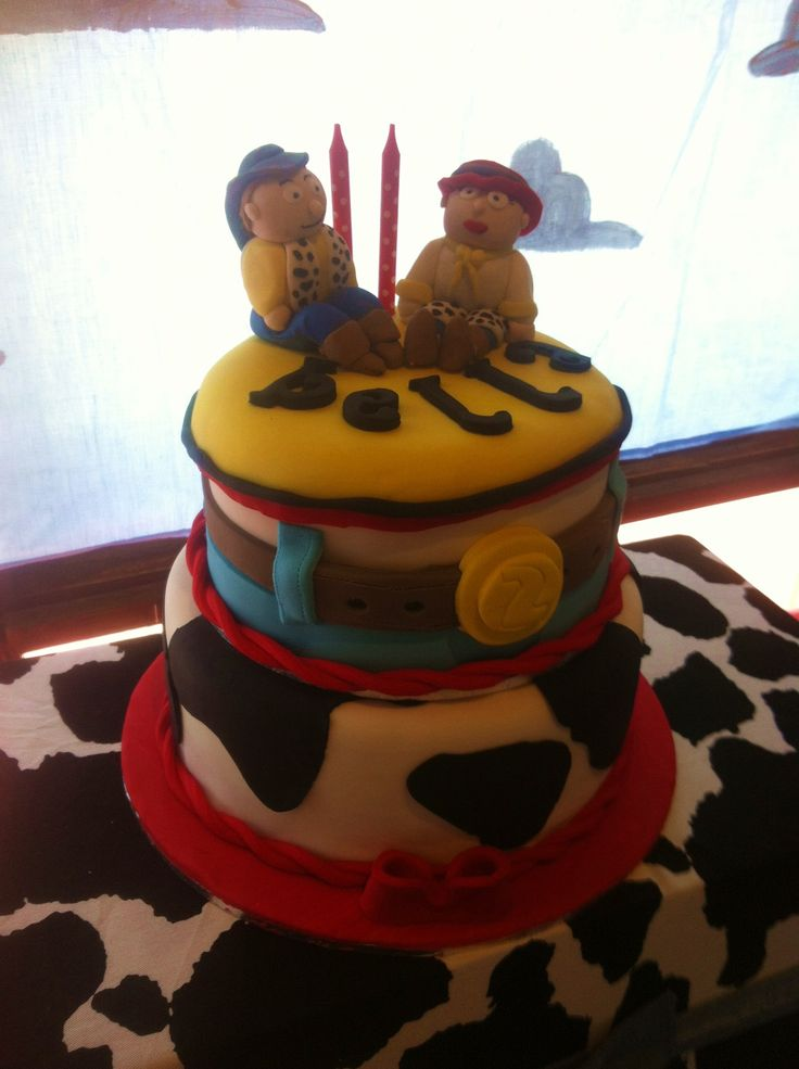 Izabellas cake with fondant woody and Jesse toppers