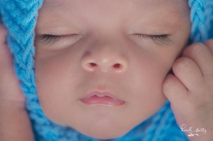Amé sus pestañas #Sebastián Fotografia de Recién Nacidos     www.karollberty.com  Contacto:3023007573  #newborn #newbornsesion #bebes #babyphoto #newbornphotography #fotografiainfantil #babyphoto #maternityphotography #reciennacido #fotografiadebebesvalledupar #fotografiadereciennacidos #bebescolombia #momblogger #maternidad #babyphotoshoot #mamasblogueras #fotografiadebebes